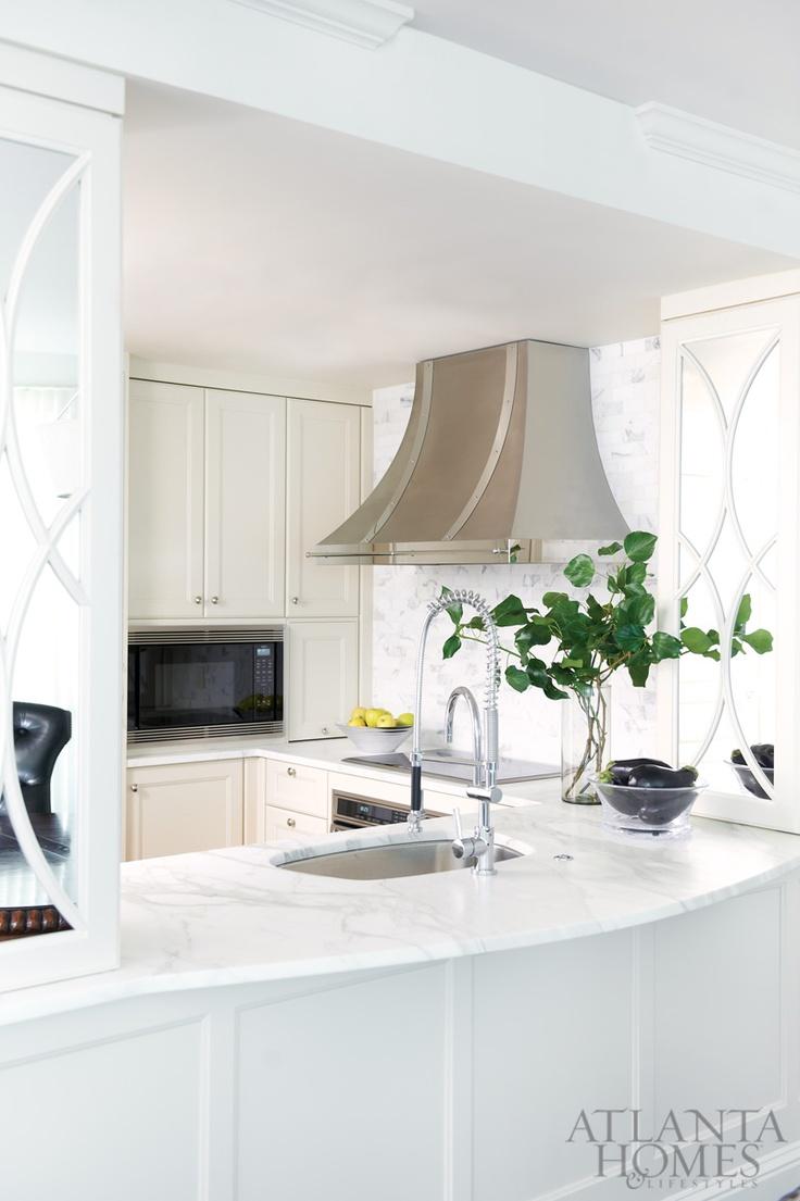design by robin pittman design galleria kitchen bath studio photography by david. Black Bedroom Furniture Sets. Home Design Ideas