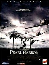 Amis depuis la plus tendre enfance, Rafe McCawley et Danny Walker sont deux brillants pilotes de l'armée de l'air américaine. La Seconde Guerre mondiale a commencé, mais les Etats-Unis n'ont pas encore engagé les hostilités. Rafe succombe bientôt au charme d'Evelyn Johnson, une jeune infirmière. C'est le coup de foudre. Mais ce dernier part combattre aux côtés des Britanniques. Evelyn et Danny sont, quant à eux, transférés sur la base américaine de Pearl Harbor.