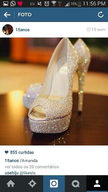 Sapato de salto alto de brilho