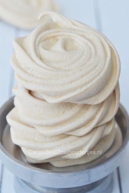 meringues van kikkererwten vocht sap, aquafaba, bake vegan meringues of chickpealiquid.