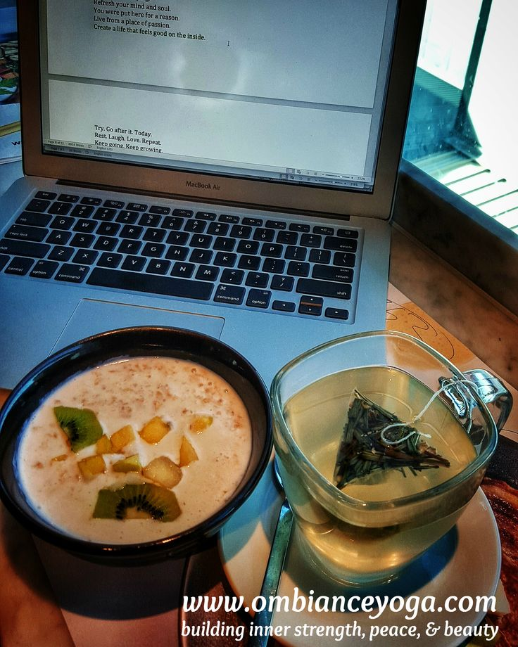 Create a life that feels good on the inside. Another airport layover means more me time! Fueling up on ginger and lemon tea, and coconut porridge.  Retreat with me! #wanderer #wanderlust #travel #ombianceyoga #solotraveler #traveler #explore #travelgram #travelingyogini #travelbug #traveltips #yoga #yogaretreat #yogatravel #yogalove #timeout #busyworkingprofessionals #motivation #happy #keepitsimple #roadslesstraveled #adventurer #londongatwick #soulfood #goodforyou