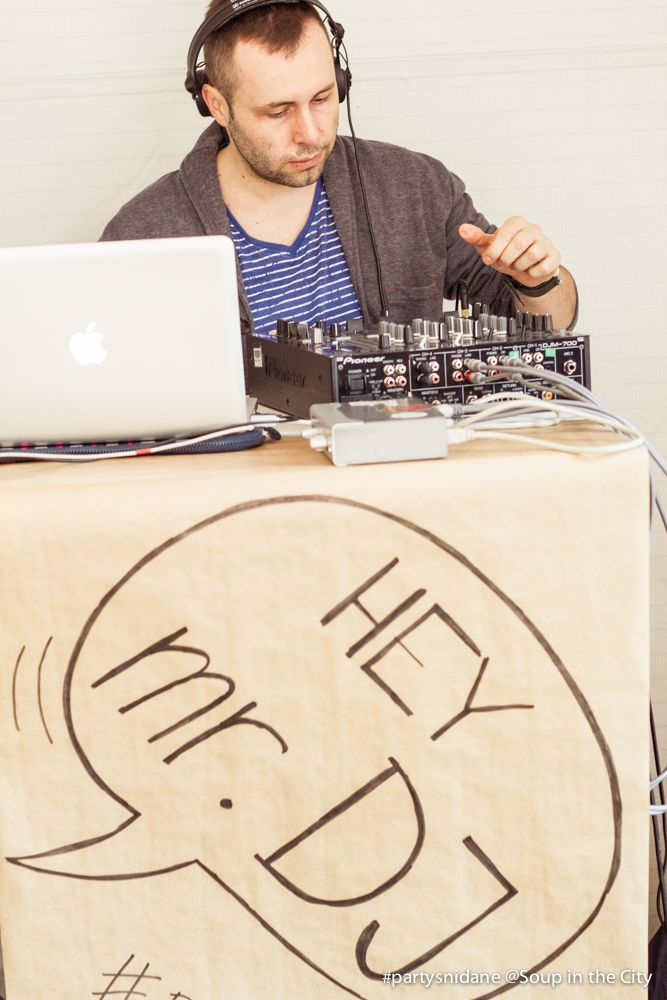 DIY DJ stage - breakfast party