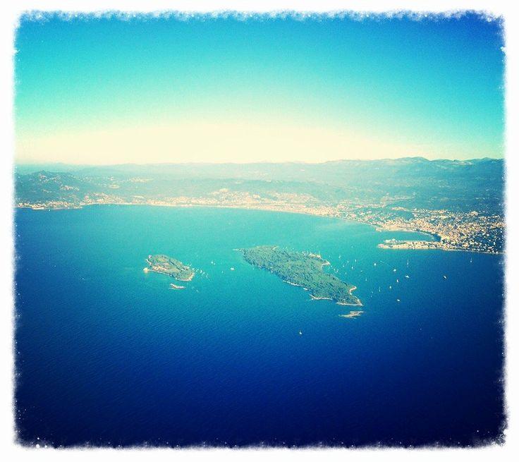 Jolie vue d'en haut sur Cannes et les Iles de Lérins  © Palais des Festivals et des Congrès