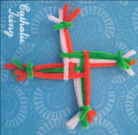How to make a St Brigid's cross with kids (and pipecleaner)