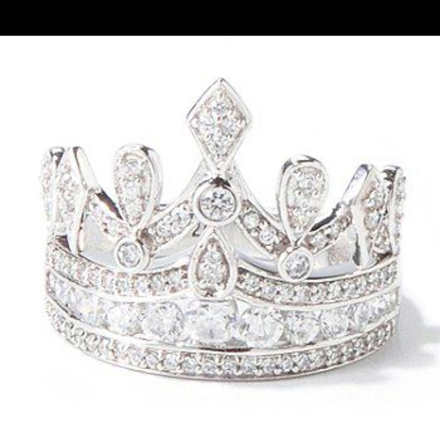 Fabulous crown ring from Shop NBC!