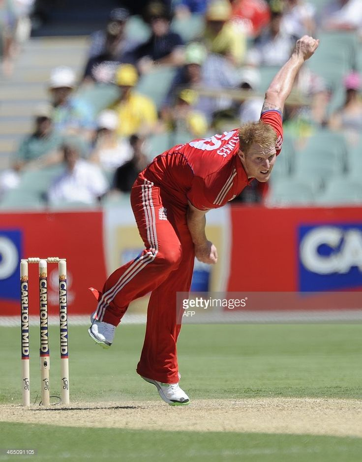 Englands bowler Ben stokes during the fourth one day international cricket match of the series between Australia and England in Adelaide on Januray 26, 2014. AFP PHOTO/David Mariuz IMAGE