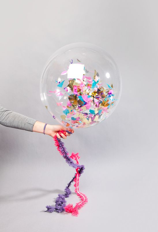 Valentine's day ideas - Having a party? Fill clear balloons with glitter or confetti
