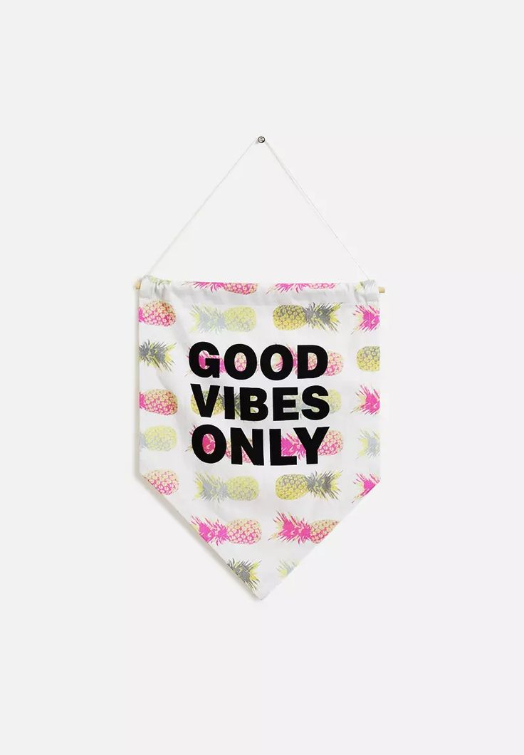Good Vibes Only Wall Banner