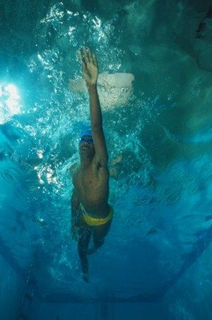 Many newcomers to triathlon are uncomfortable with the front crawl, but   if you master the stroke you can cut precious seconds from your swim time