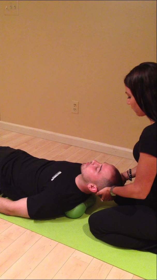 Moro Reflex Test - you tube video 20 sec; drop head, clap in front of chest