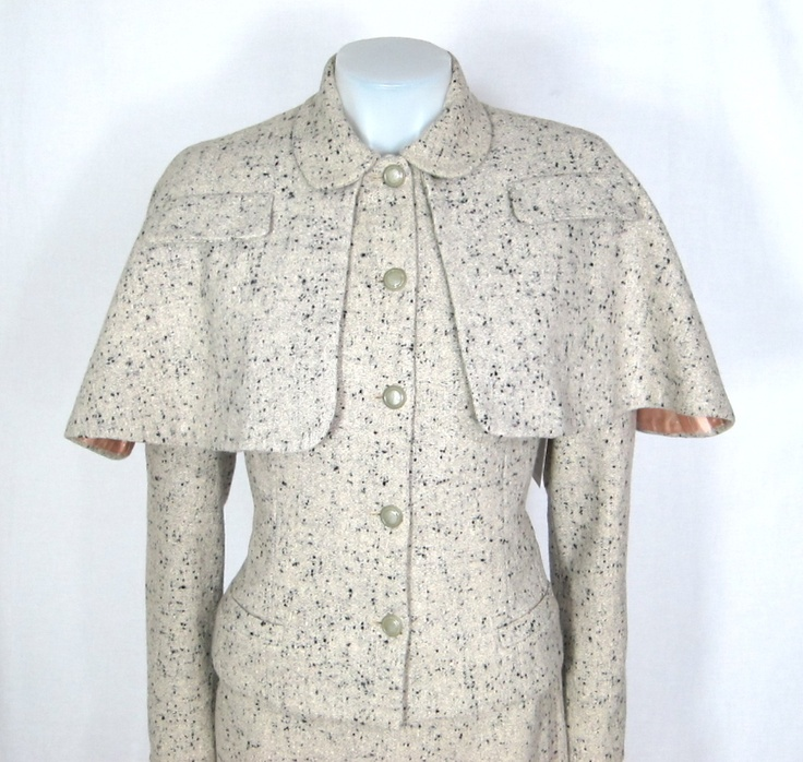 VINTAGE 1950s Tweed Capelet Skirt Suit