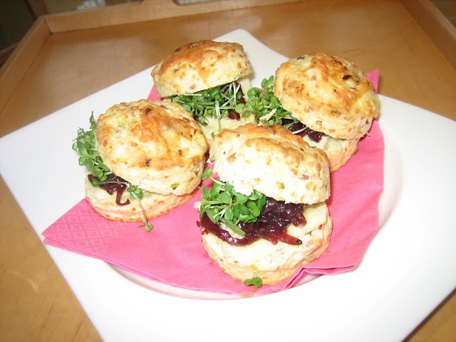 Jane And Judy In The Kitchen: Spicy Cheese Scones & Chutney