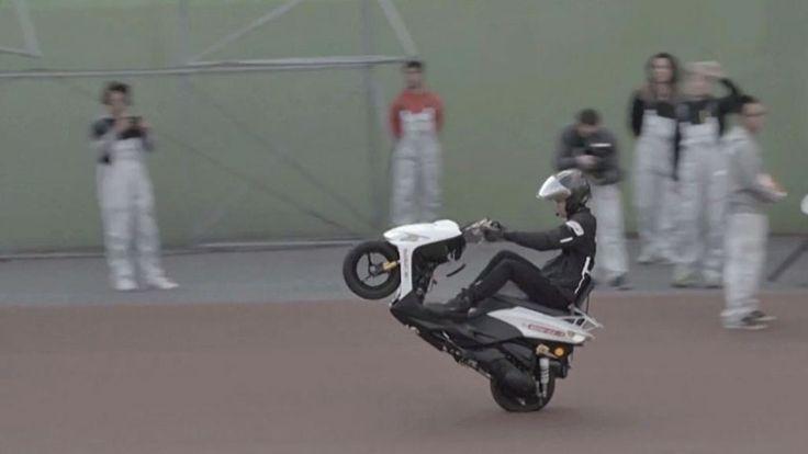 Kurioser Weltrekord mit Motorrad: Japaner fährt 500 Kilometer auf dem Hinterrad