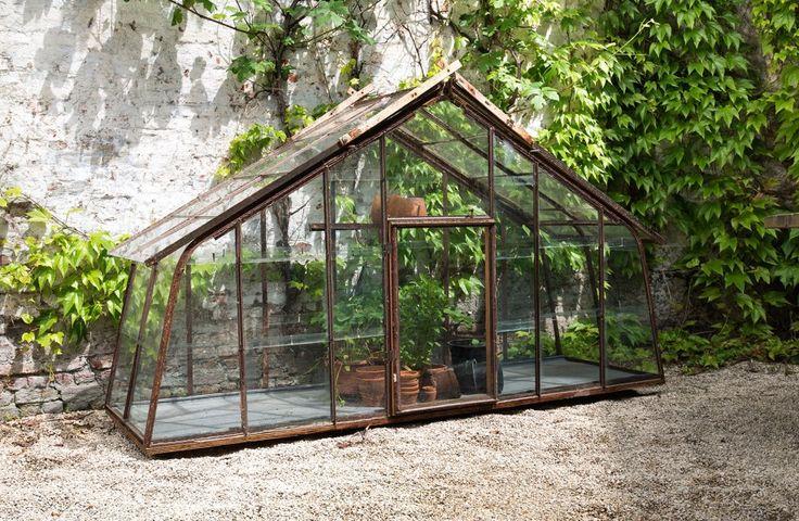 Glazen serre met smeedwerk - Maatwerk - Home gardening - Greenhouse - Glass and cast iron - Custom made - #WoonTheater