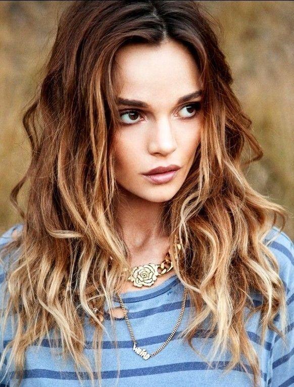 Frauen Frisur Lang Frisuren Fur Welliges Haar Frisuren Coole Frisuren