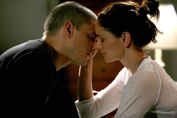 sara tancredi and michael scofield - so cute
