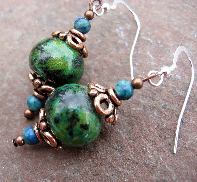 More earrings to make. These are gorgeous and they look easy! They could make a great present!