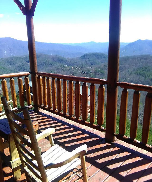 Win a Pigeon Forge Tennessee Family Vacation Package