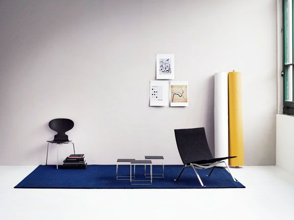 Poul Kjærholm's PK22 chair and PK71 table now in colors