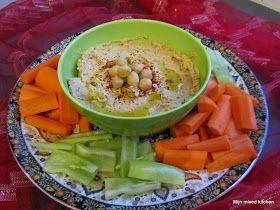 Humus (dip van kikkererwten met tahin en kruiden)