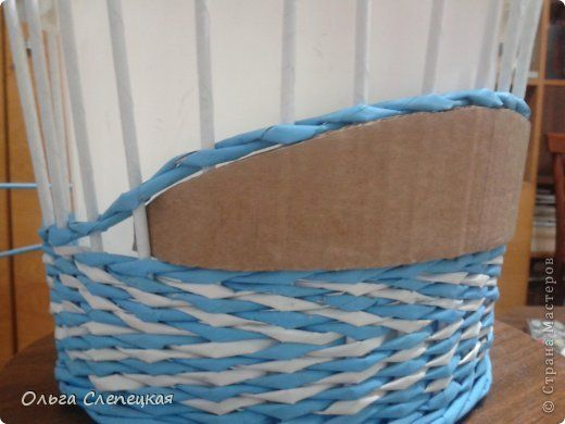 Love using cardboard shapes for maintaining space while weaving.