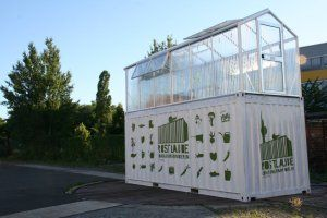 ECF Berlin Container Farm - what an amazing concept.  Sprouting Good in Sydney are producing these portable greenhouses and using them to help educate homeless youth.