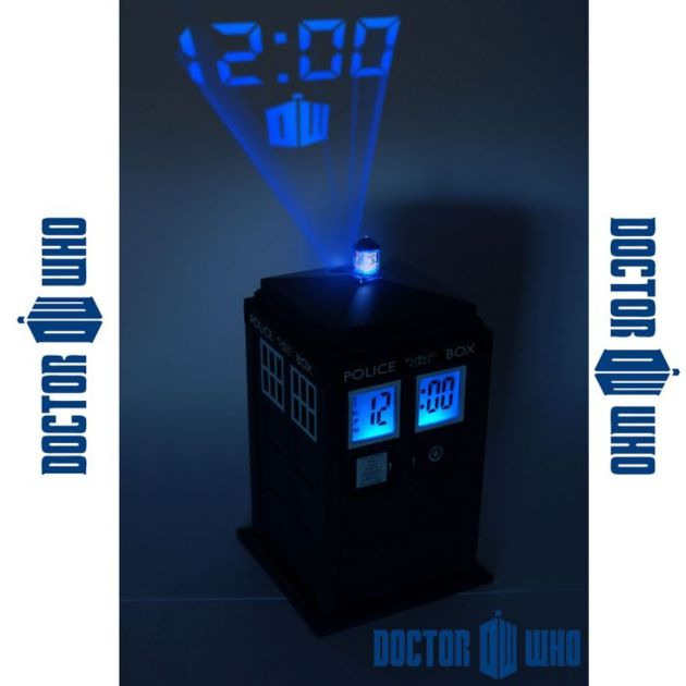 reveil_doctor_who_replique_tardis_projection