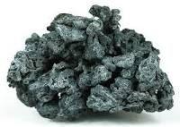 Blei Chemisches Element Blei ist ein chemisches Element mit dem Elementsymbol Pb und der Ordnungszahl 82. Es ist ein giftiges Schwermetall und steht in der 4. Hauptgruppe bzw. der 14. IUPAC-Gruppe und 6. Periode des Periodensystems. Wikipedia Symbol: Pb Schmelzpunkt: 327,5 °C Elektronenkonfiguration: [Xe] 4f14 5d10 6s2 6p2 Siedepunkt: 1.750 °C Elektronen pro Schale: 2,8,18,32,18,4 Entdeckungsdatum: 7000 v. Chr. Atommasse: 207,2 ± 0,1 u