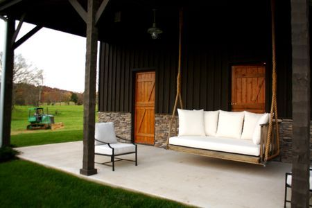 Swinging Barn Door Plans Woodworking Projects Amp Plans