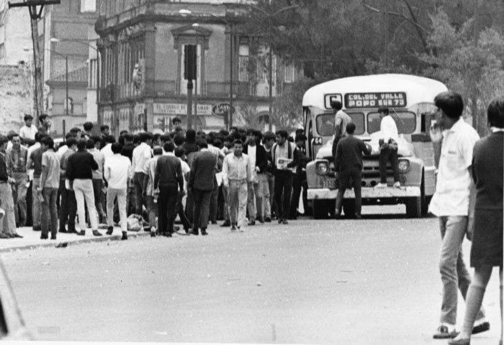 Después de las represiones del 26 de julio, la toma de camiones como medio de protesta fue una práctica usual entre el estudiantado para manifestarse,