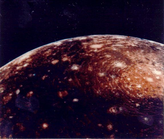 Callisto: Facts about Jupiter's Dead Moon
