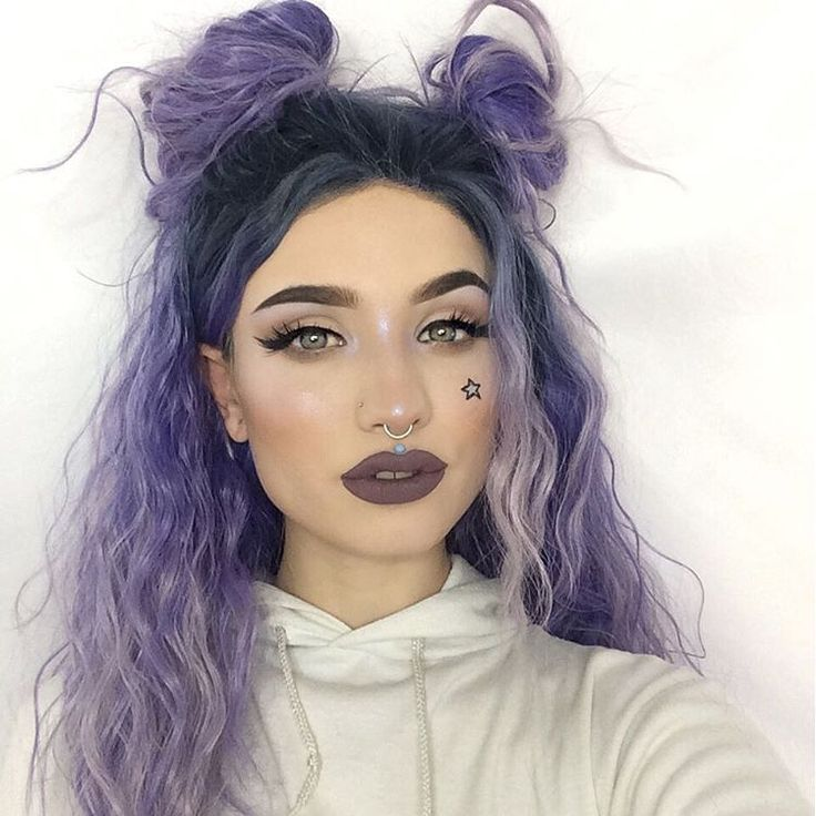 Way 2️⃣Cute 4️⃣You. LIVING for the sassy yet sweet @sn0ok's makeup looks! She steals our heart with this crimped hair and space buns, #blackmagiclashes, and grunge 90's lips.