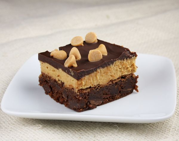 http://www.recipegirl.com/2011/09/14/peanut-butter-cookie-dough-brownies/
