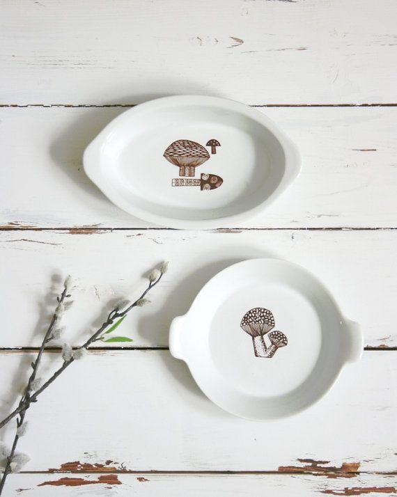 Mid Century Modern Ceramic Mushroom Dish Finel Arabia by Kaj Franck