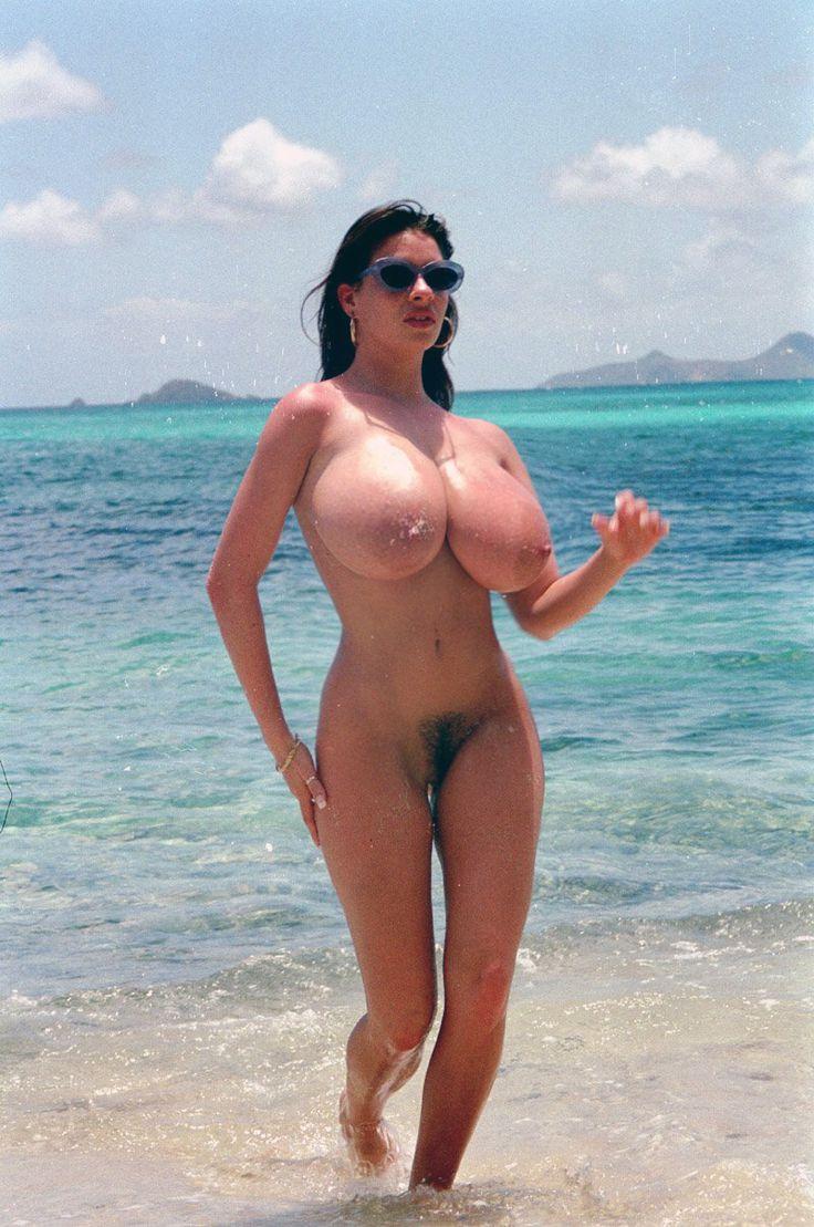 Linsey Big Tits Blog 18