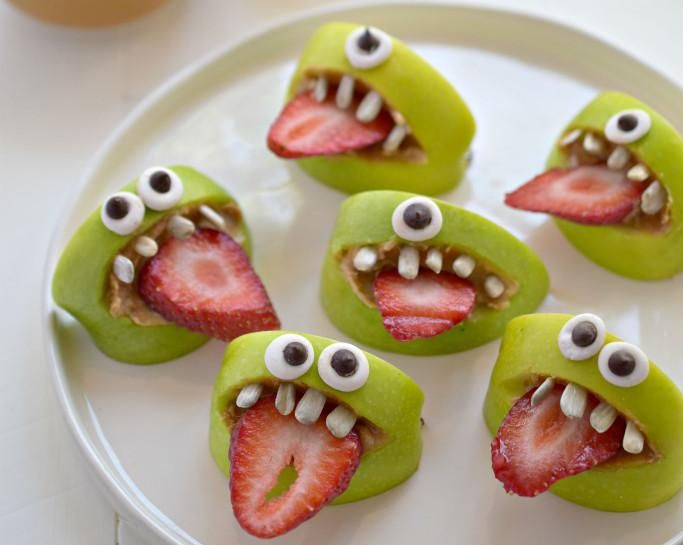 Impress Your Party Guests With These Food Ideas There Are Creepy Foods For S And Cute Treats Kids