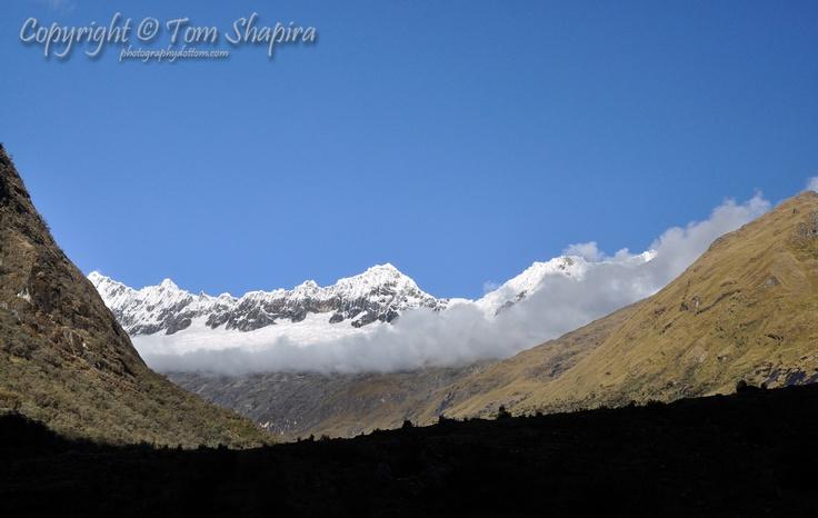 Snowy Ridge (Cordillera Blanca, Peru) / Photographer: Tom Shapira