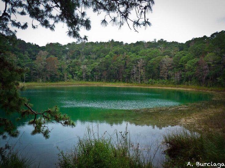 Parque Nacional Lagunas de Montebello #Travel #México #Chiapas  @VisitMex @TravlandLeisure #turismo #lagoon #lagoons #lake #nature