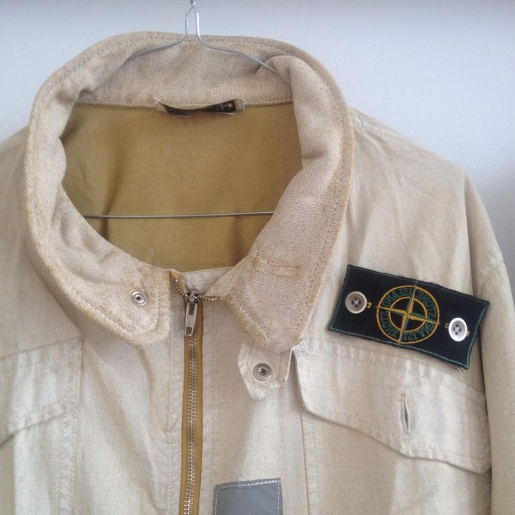 Ridiculously rare Stone Island S/S 1983 1st ever reflective Jacket by Massimo Osti at his very best, the absolute beginning of Stone Island.....#oneofakind#vintage#archivio#kidinatoyshop#massimoosti#