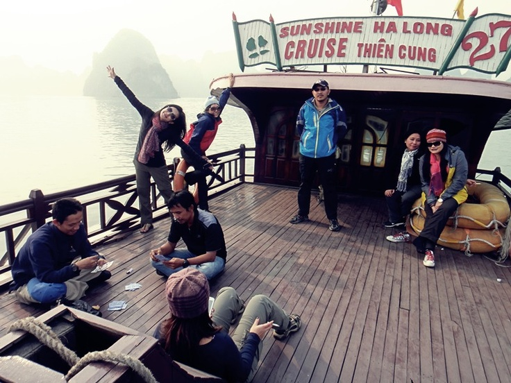Ha Long Bay Cruise. Vietnam I Caldera Journey