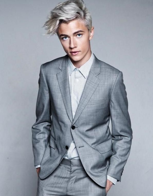 fuckyeahtallmen:  Lucky Blue SmithHeight: 6′2″Most Famous For: ModelSuggestion Credit: yungxsupreme
