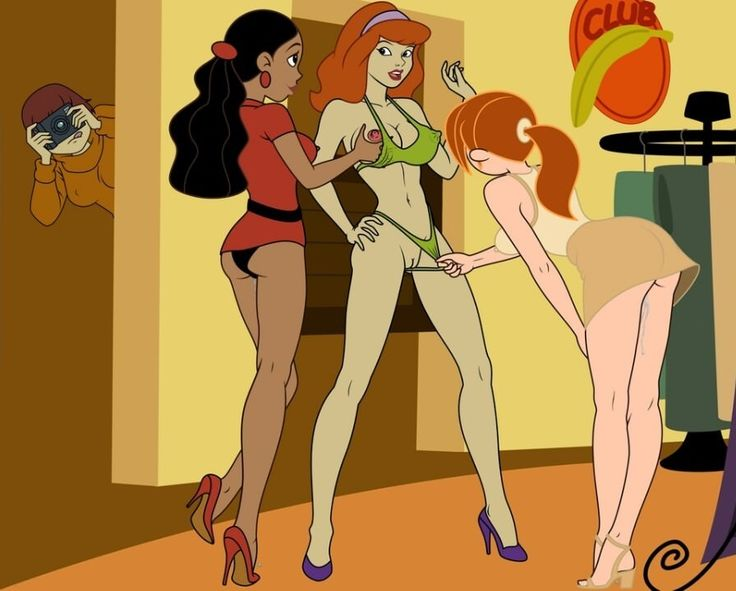 From doo scooby daphne sexy