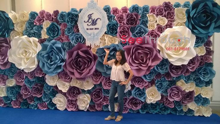 paper flowers wall wedding