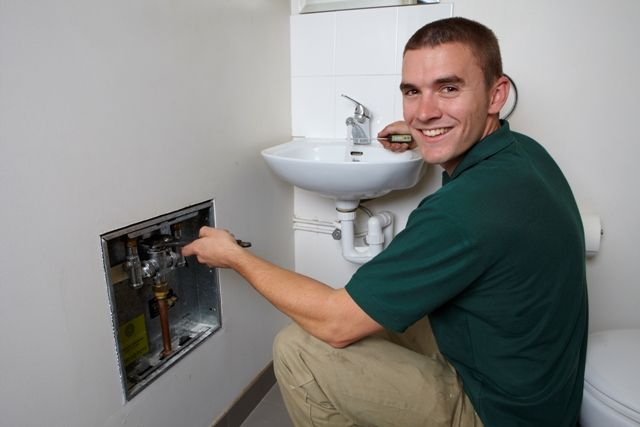 When things go wrong with your plumbing, we know how important it is to find honest and reliable plumber who can guarantee fast service.