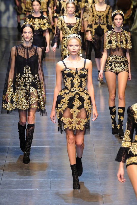 Milan Fashion Week: Fashionista's Top 10 Collections: Dolce & Gabbana   From gilded corsets to restrained, expertly tailored black dresses, Dolce and Gabbana brought a little (or, actually, a lot) of romance to Milan Fashion Week.