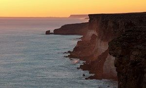 Images of Australia: Sunset on the Nullarbor