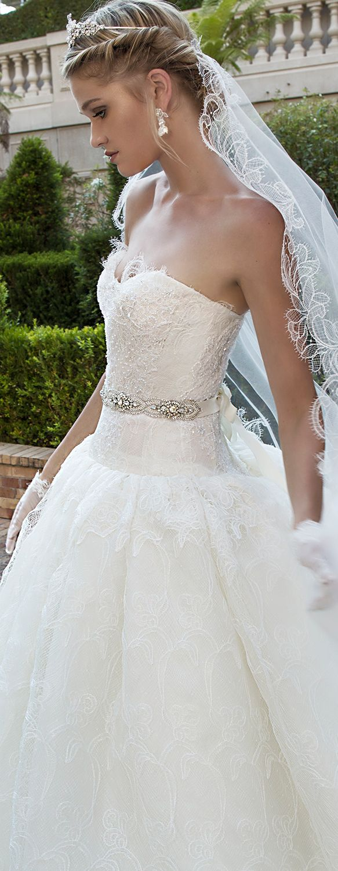 Alessandra Rinaudo 2017 Collection wedding dress.