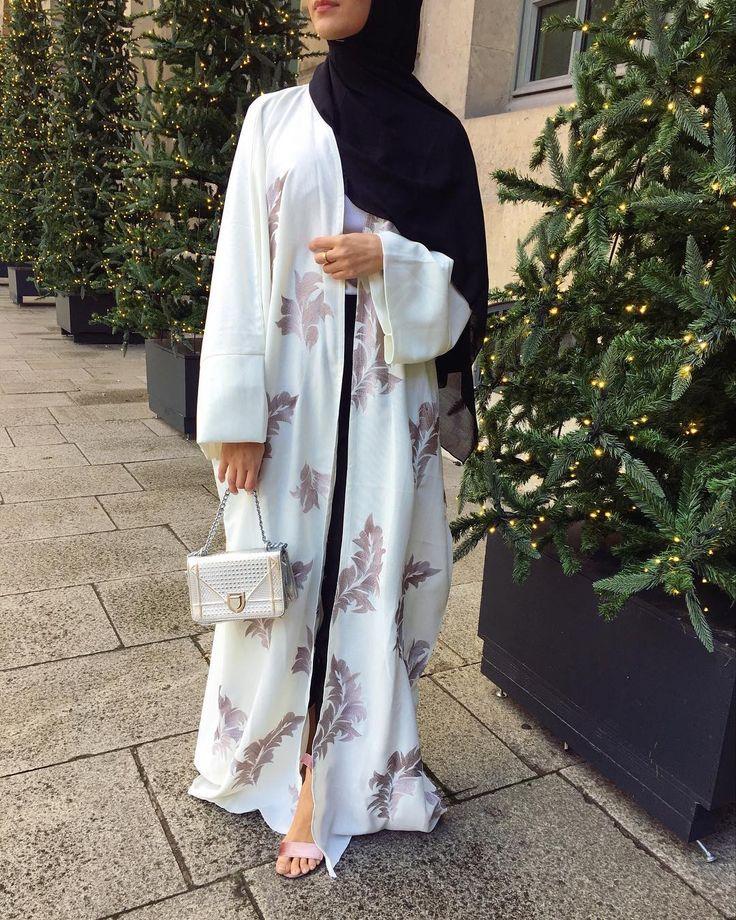 """1,069 Likes, 15 Comments - @by.kha on Instagram: """"Ma magnifique abaya de super bonne qualité de très bonne qualité @jumarah_ """""""