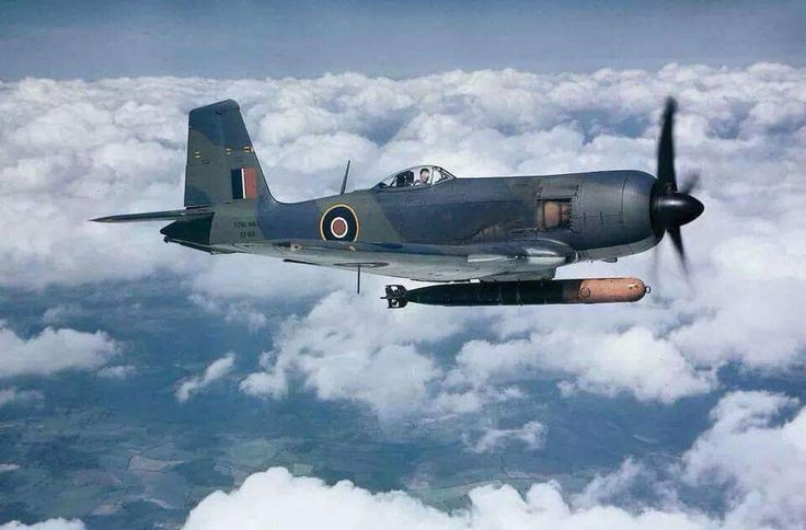 Blackburn Firebrand with a Torpedo