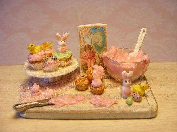 Dollhouse Design Cake : 1000+ images about Miniature Easter on Pinterest Papier ...
